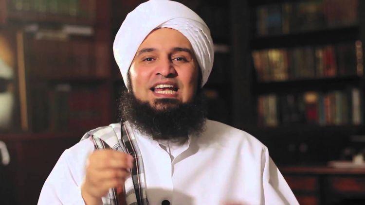 """""""240 """" إماماً وخطيباً من حضرموت يغادرون إلى أبو ظبي للتدريب على أصول الصوفية لمواجهة الوهابية!"""