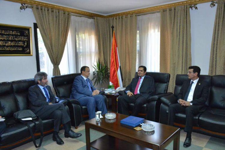 وزير حقوق الانسان في اليمن يلتقي ولد الشيخ في القاهرة.