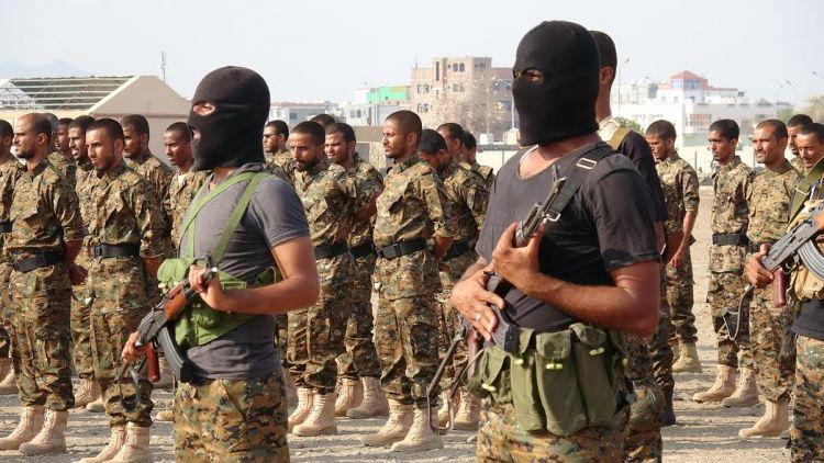 وزارة الداخلية تحصر الملابس العسكرية على أفراد الأمن في مدينة عدن