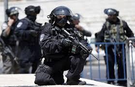 الشرطة الاسرائيلية تمنع الفلسطينيين من الوصول الى المسجد الاقصى