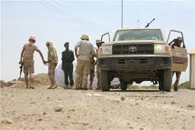 مسلحون يتبعون تنظيم القاعدة يشنون هجوما على موقع تابع لقوات الحزام الامني في ابين