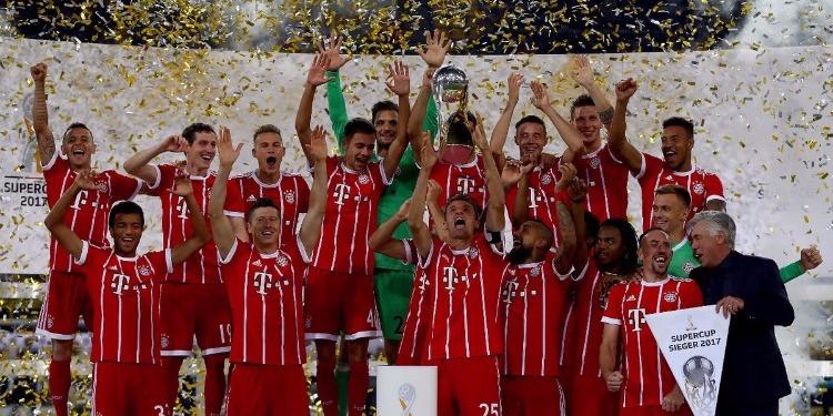 بايرن ميونخ يتوج بأول لقب للموسم الجديد على حساب بروسيا دورتموند
