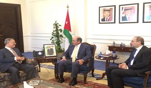 وزير الخارجية يبحث مع نظيره الاردني علاقات البلدين