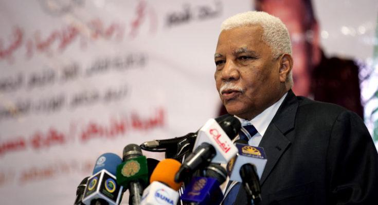 وزير الاعلام السوداني: اليمنيين في السودان على درجة واحدة مع المواطن