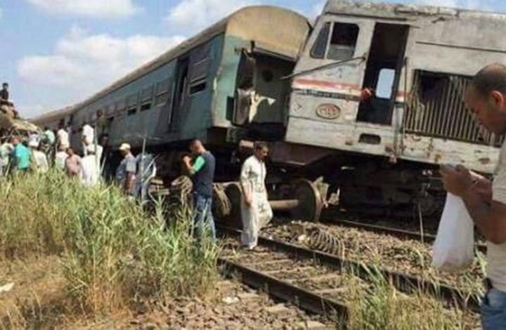 شاهد بالصور… عشرات القتلى والجرحى بتصادم قطارين في الإسكندرية