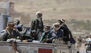 مليشيا الحوثي تلجأ للتجنيد الإجباري وزعيمهم يهدد دولة الإمارات