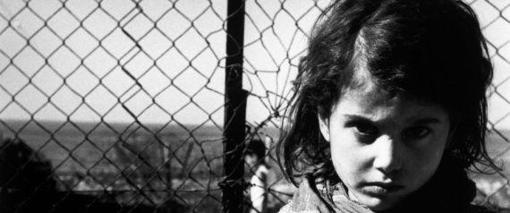 """اليكم القصة التي تمنعها اسرائيل… آلاف الأطفال اليمنيين اختفوا بعد وصولهم """"أرض الميعاد"""".. إسرائيل اتخذتهم """"حقول تجارب"""" في عملياتها الطبية..!!"""