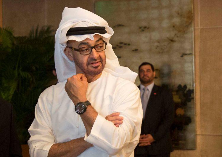 """اكاديمي جنوبي يشن هجوما عنيفا على """" الامارات"""": ما تفعله الإمارات باليمن فعلته إيران"""