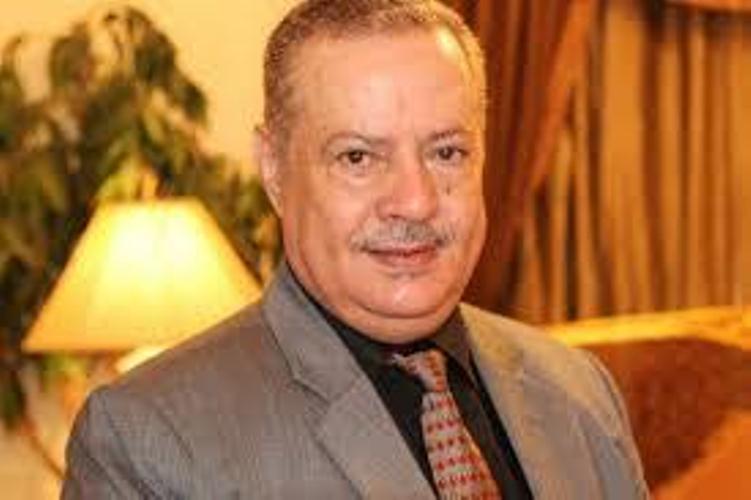 """محافظ العاصمة المؤقتة """"عدن"""" ينفي امتلاكه حساب على """"تويتر"""" ويحذر من التعامل معه"""