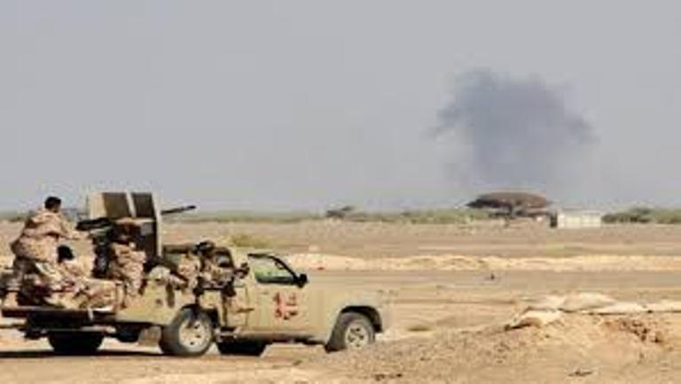 اندلاع المواجهات بين قوات الجيش الوطني والمليشيات الانقلابية غرب تعز