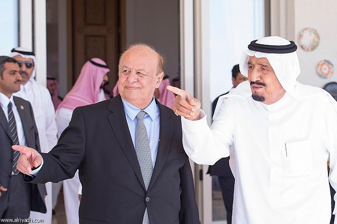 """الرئيس هادي ذهب للملك سلمان في طنجة شاكيا الضغوط الإمارتية لإقالة """"المفلحي"""" فماذا رد عليه؟.. تفاصيل"""