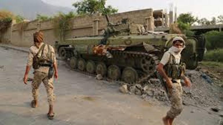 اندلاع المعارك العنيفة بين قوات الجيش الوطني وبين المليشيات الانقلابية جنوب تعز