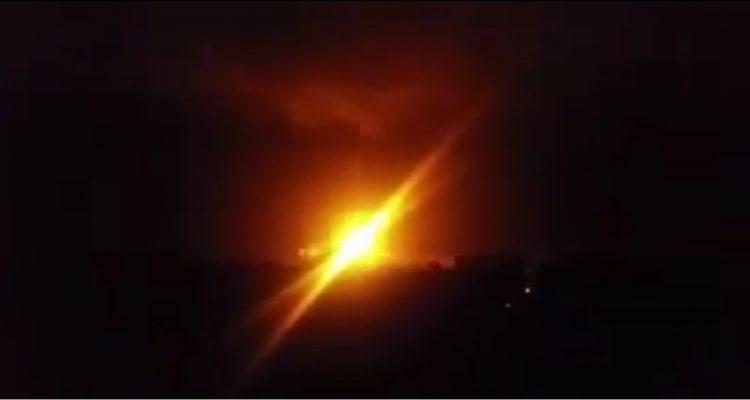 """ورد الان… قتلى وجرحى في غارة جوية لمقاتلات التحالف على مواقع الحوثيين في """"عطان"""" قبل قليل (صور)"""