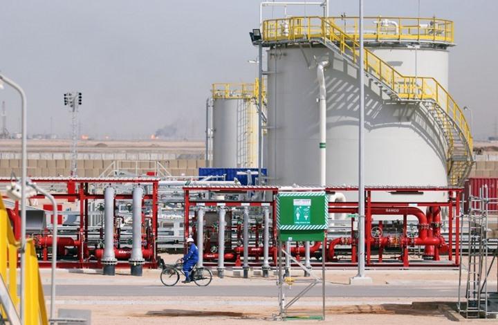 موجة هبوط تضرب سبع بورصات عربية مع خسائر النفط