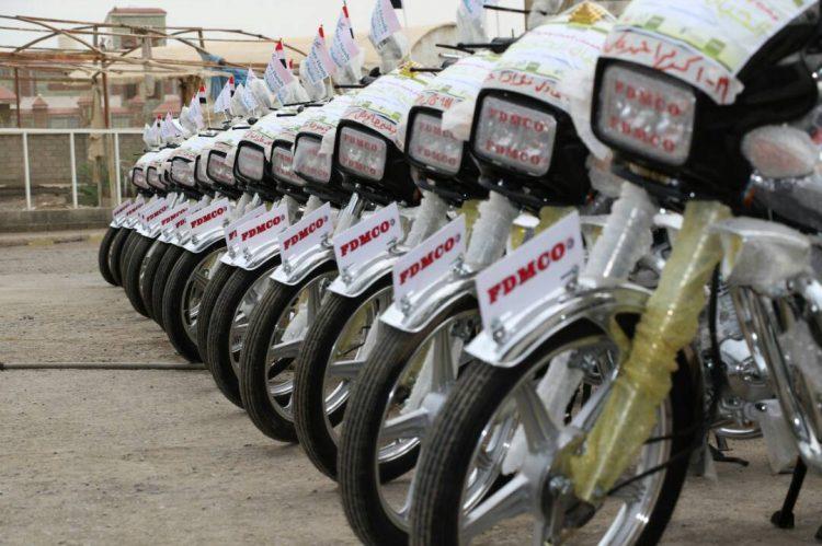 """جمعية أبي موسى توزع 58 دراجة نارية بمحافظة الحديدة """"صور"""""""