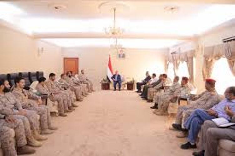 رئيس  مجلس الوزراء يستقبل قادة قوات التحالف العربي في عدن