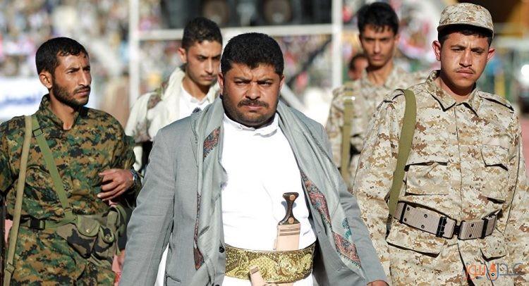 """عضو لجنة الحوثيين الثورية يصف محمد علي الحوثي """"بالدركتل"""" ويطالب بإيداعه السجن المؤبد"""