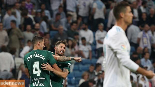ريال مدريد يتلقى هزيمه من ريال بيتيس تزيد من الضغوط عليه