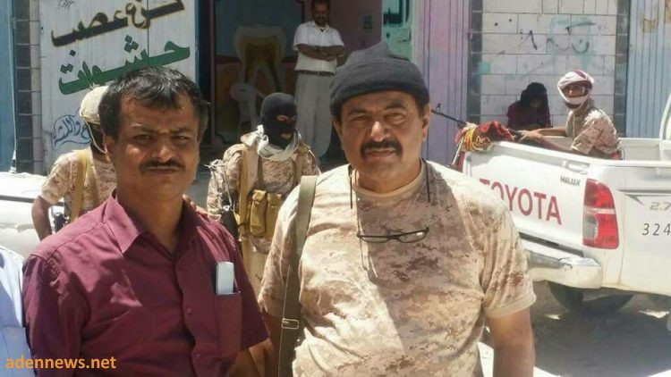 احتقان مسلح في مدينة عتق بعد رفض مدير الضرائب قرار اقالته من منصبه