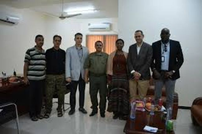 وفد من الأمم المتحدة يطلع على مستوى تنفيذ برنامج دعم الاستقرار في اليمن