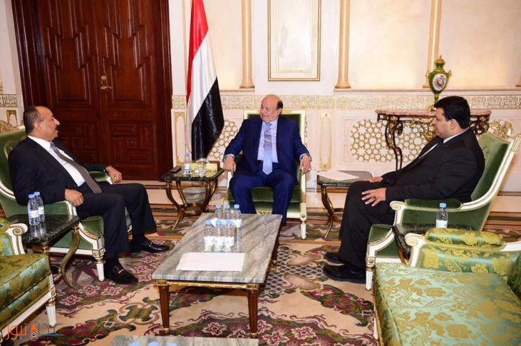 الرئيس اليمني عبد ربه منصور هادي يرفض استقالة محافظ تعز المعمري