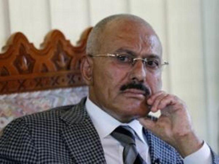 """الحوثيون يقتلون اتباع علي صالح ثم """"يطبطون"""" عليه"""