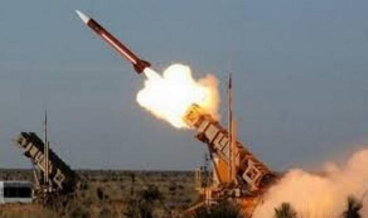 مليشيا الحوثي تفشل في اطلاق صاروخ باليستي ليسقط في منطقة ذهبان بصنعاء