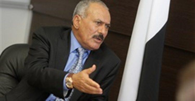 مليشيا الحوثي تهدد صالح وتطلب منه تسليم ابن شقيقه طارق اليهم