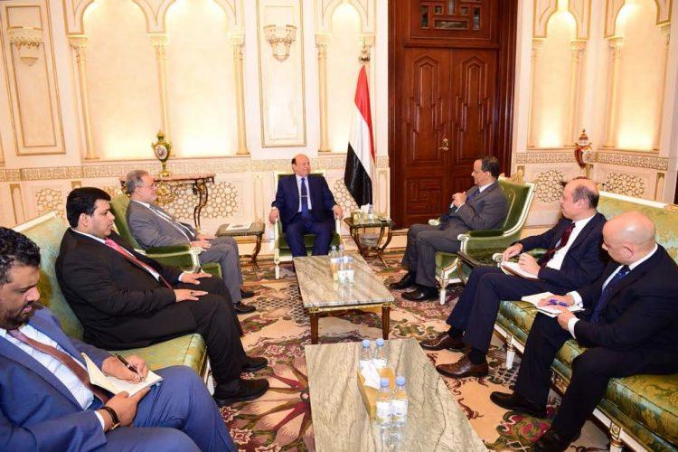 تفاصيل لقاء الرئيس هادي مع ولد الشيخ اليوم