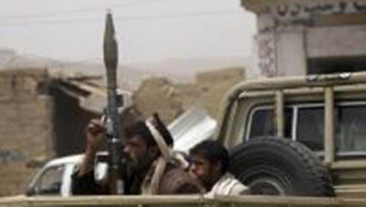 """""""حجور"""" في مواجهات المليشيا الحوثية.. مقاومة شرسة من القبائل وخذلان من الحكومة والتحالف"""