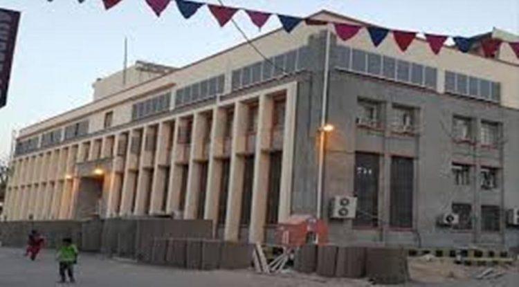 استنزاف الاحتياطي من قبل الانقلابيين يتسبب في عجز البنك المركزي عن سداد التزاماته