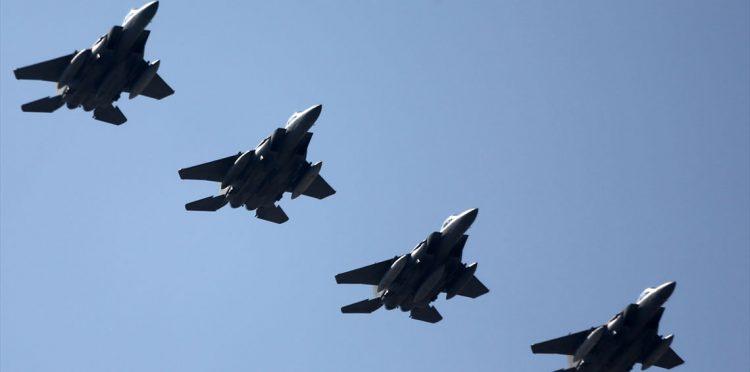 طيران التحالف العربي يشن غارات على مواقع واليات المليشيات الانقلابية في محافظة صنعاء