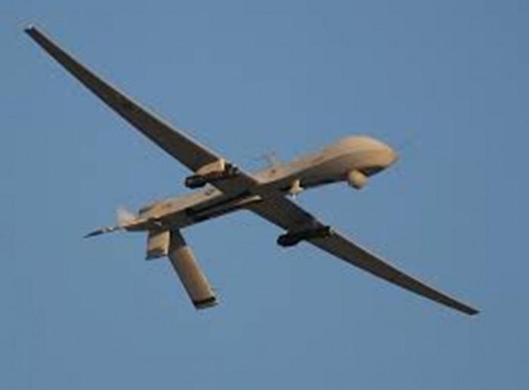 مقتل شخصين بغارة لطائرة امريكية من دون طيار في قرية يكلا بمحافظة البيضاء