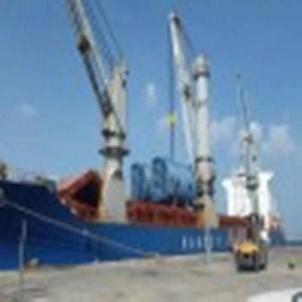 شركة مصافي عدن تستعد لبدء المرحلة الثانية من مشروع تطوير وتأهيل محطة الكهرباء