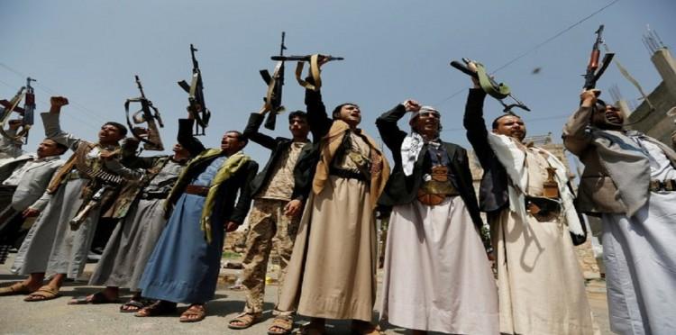 جماعة الحوثي تشرع في تنظيم دورات طائفية لموظفي الحكومة في اليمن