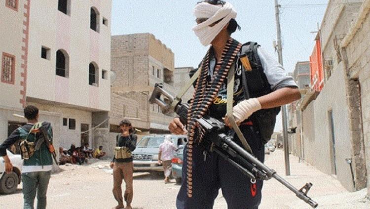 الاجهزة الامنية في محافظة الجوف تتمكن من ضبط شحنة اسلحة داخل مقطورة غاز كانت في طريقها للمليشيات الانقلابية
