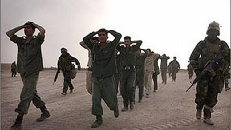استسلام قيادي حوثي مع سريته لقوات الجيش الوطني في مديرية نهم بصنعاء