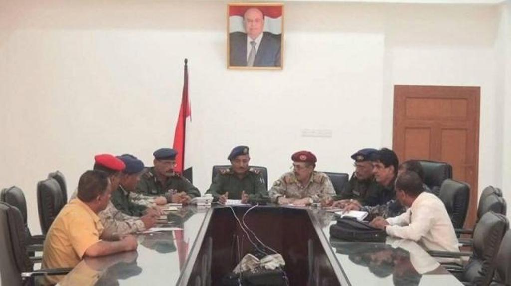 رئيس الجمهورية يوجه بتشكيل لجنة للتحقيق في هجوم مبنى البحث الجنائي بمحافظة عدن