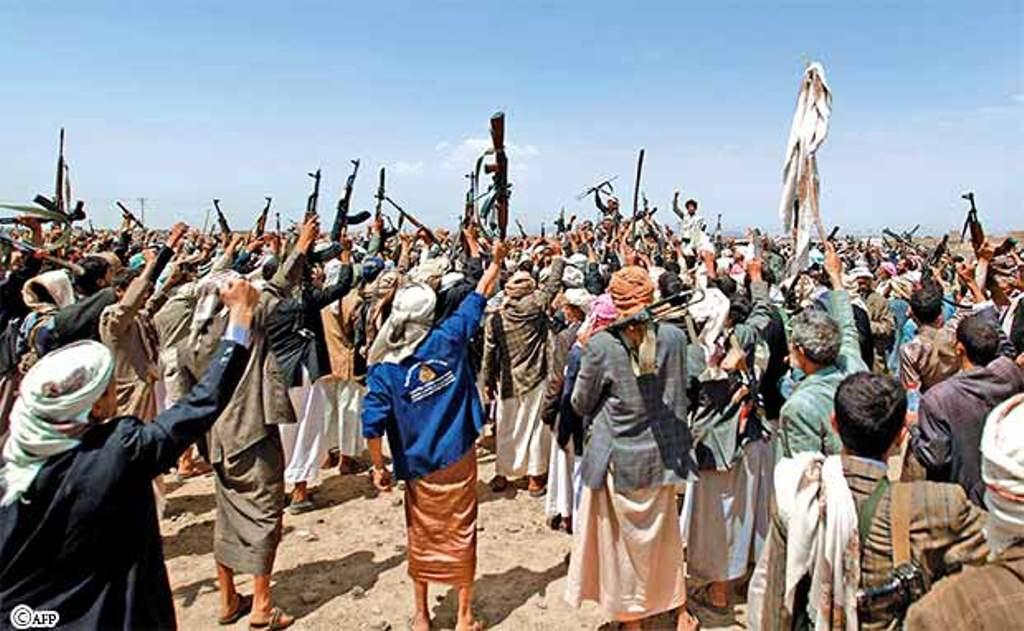 الحوثيون يحتجزون عشرات القاطرات المحملات بالمشتقات النفطية غرب صنعاء