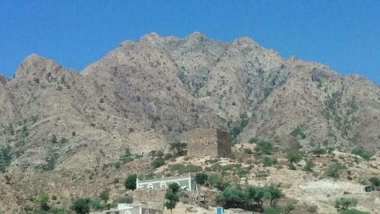 قوات الجيش الوطني تسيطر على مواقع جديدة جنوب مديرية القبيطة محافظة لحج