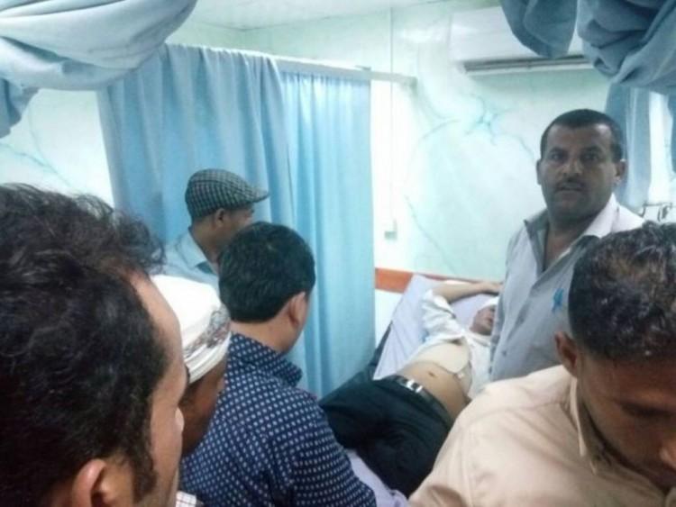 مسلحون يعتدون على احد المستشفيات في محافظة الحديدة