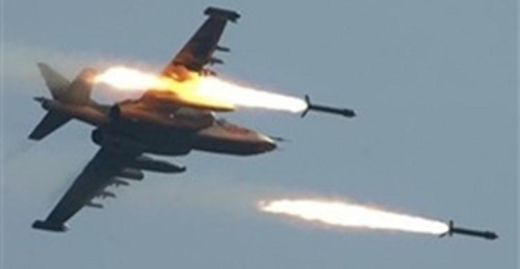 طيران التحالف العربي يشن غارات على مواقع المليشيات الانقلابية في مديرية نهم شرق صنعاء