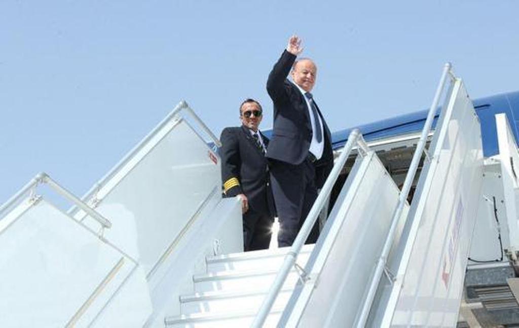 الرئيس اليمني يغادر مقر إقامته في الرياض متوجها الى ألمانيا للمشاركة في قمة المناخ
