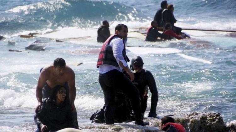 البحرية الليبية: وفاة أكثر من 30 مهاجرا معظمهم التهمتهم أسماك القرش بعد غرق مركبهم