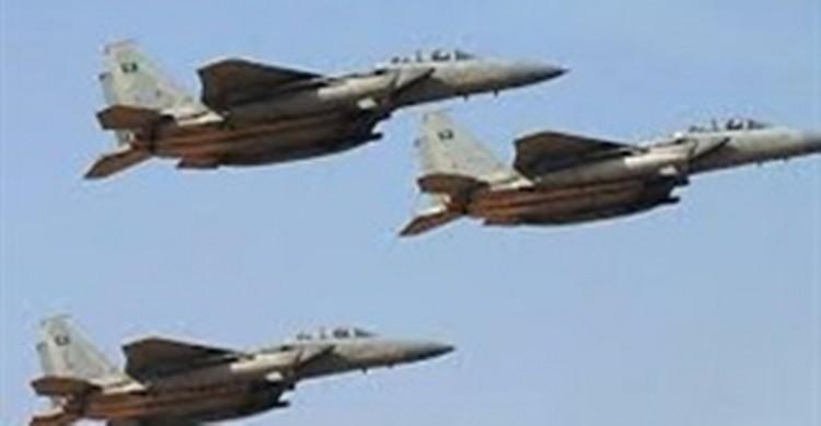 طيران التحالف يشن أكثر من 50 غارة جوية خلال 24 ساعة على 5 محافظات يمنية