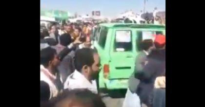 صنعاء.. بالفيديو لأول مرة انصار صالح يتجرأون ويهتفون بميدان السبعين (لا حوثي بعد اليوم)