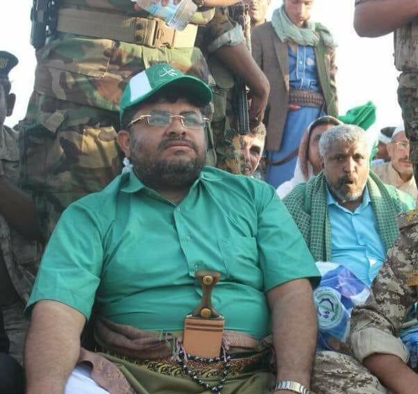 انباء عن وجود محمد علي الحوثي في الحديدة وانتشار كثيف للمدرعات والاطقم المسلحة في المدينة