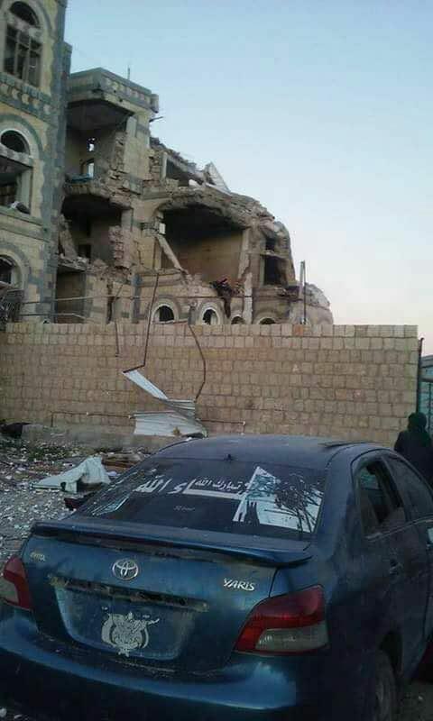عاجل.. بعد اقتحام منزل المخلوع صالح.. مليشيا الحوثي تقتحم منازل قيادات كبيرة في المؤتمر.. تفاصيل