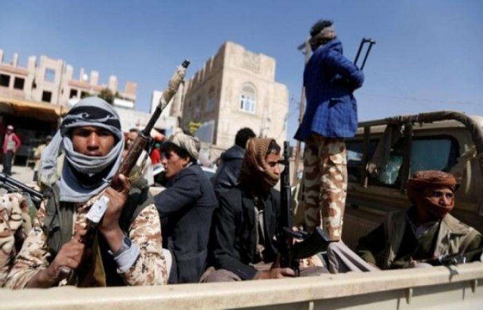 المليشيا اعتقلت واعدمت عدد منهم.. هزائم الساحل الغربي تلقي بظلالها على قيادات حوثيي صنعاء