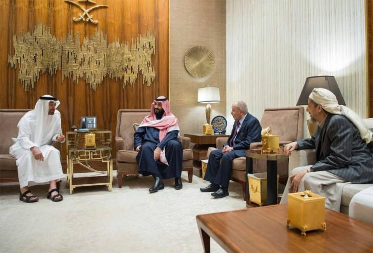 بالصور.. قيادات حزب الاصلاح تجتمع مع الامير محمد بن سلمان والشيخ محمد بن زايد في الرياض